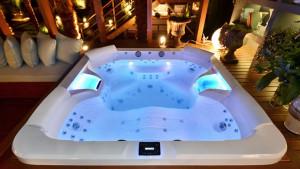Banheira spa Jacuzzi 4 lugares
